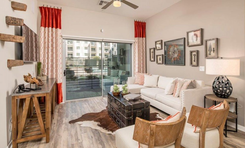 2 BED / 2 BATH - B2 - 1170 SQ FT